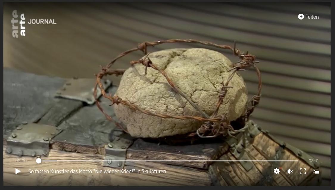 """So fassen Künstler das Motto """"Nie wieder Krieg!"""" in Skulpturen – Bericht ARTE"""